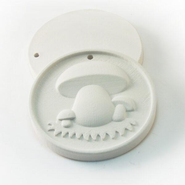 Елочная игрушка для росписи Грибок на полянке в Магазине Гипсики